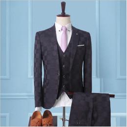 2019 england groom suit Eleganter England-Art-Bräutigam passt einen Knopf gekerbten Revers drei Stücke (Blazer + Hose + Weste) Hochzeits-Smoking formale Bankett-Kleidungs-Satz an günstig england groom suit