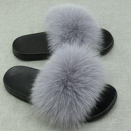 chinelos verde menta Desconto Real Fox Fur Slides Plus Size Verão 2018 Dedo Do Pé Aberto Fofo Chinelos Reais Casuais Preto Deslizamento Em Chinelos Sapatos Peludos