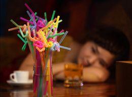 2020 art de paille en plastique Parti 50Pcs pegeant polymorphes paille art plastique décoration fête d'anniversaire de mariage L0419 promotion art de paille en plastique