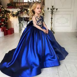 Fille de fleur bleu royal habille les enfants en Ligne-Princesse Fille De Fleur Robes Bleu Petites Filles Pageant Robes De Dentelle Applique Princesse Enfants Robes De Mariage Fleur À Manches Longues Fille Robe