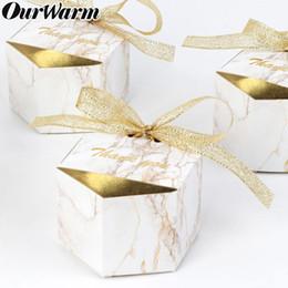 2019 bolsa de regalo de recuerdo de boda OurWarm Wedding Marbling Paper Candy Gift Box Postre Bags Favores de la boda Regalos para invitados Bautismo Souvenir Party Decoration SH190913 rebajas bolsa de regalo de recuerdo de boda