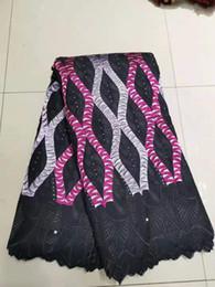 Femmes africaines nigériennes robes en Ligne-séquence de luxe de haute qualité tissu en dentelle africaine avec des pierres perles tissu de dentelle de mariage pour les femmes nigerian robes 5 verges bf0053