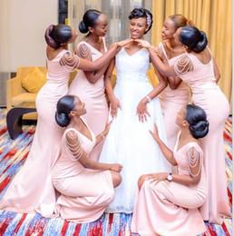 Cordes africaines en Ligne-Afrique du Sud rose sirène split côté demoiselles d'honneur robe pour les mariages d'été col en V perles String demoiselle d'honneur robes plus la taille BM0926