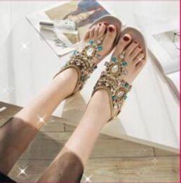 2019 sandalo di cristallo t Moda Estate Spiaggia Flatforms Scarpe da sposa Crystal Holiday Seaside Pizzico Sandali alla zuava Scarpe da sposa Scarpe da sera da donna sandalo di cristallo t economici