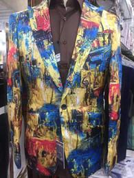 мужские костюмы с контрастными цветными лацканами Скидка Итальянская осенняя мода классическая звезда с модельным мужским костюмом, Парижское повседневное успешное деловое мужское пальто.