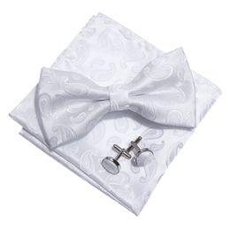 2019 gravata de seda branca LF-803 Barry.Wang Moda Masculina Bowtie 100% de Seda Branco Paisley Borboleta Laços Para Os Homens Do Casamento Do Noivo Partido Dos Homens Presente Gravata gravata de seda branca barato