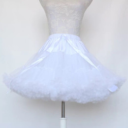 Lolita anáguas on-line-Vestido de baile Underskirt Cosplay Balanço Curto Vestido Petticoat Lolita Petticoat Ballet Tutu Saia Rockabilly Crinolina para vestido de ocasião de casamento