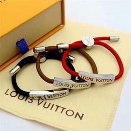 indien türkis Rabatt Europa und die Vereinigten Staaten beliebte neue Mode Armband für Männer und Frauen, 316L Titan Stahl Brief Armband Schmuck