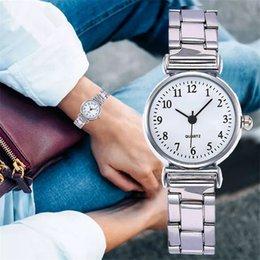 orologio più piccolo Sconti Vigilanza di lusso di modo delle donne squisita piccola quadrante dell'acciaio inossidabile semplice orologio casuale creativo delle signore della vigilanza del quarzo