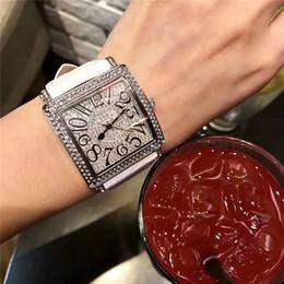 2019 orologio da 37 millimetri Vendita calda Orologio di lusso 37mm Orologio da donna Orologio in argento con diamanti Designer uomo Orologi da polso 2019 Nuovi arrivi orologio di lusso orologio da 37 millimetri economici