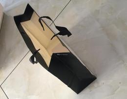 Marchi del marchio del sacchetto online-Sacchetti regalo di carta sacchetto di carta di marca di alta qualità sacchetto di carta regalo di alta qualità di trasporto libero di alta qualità con borse shopping di carta stampata logo