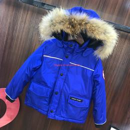 Cuscino d'oca online-giacca per bambini abbigliamento firmato inverno nuovo grande collo di pelliccia piumino piuma d'oca imbottita piumino ragazzi e ragazze personalizzato