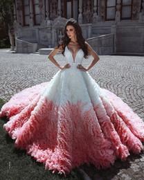 Weißes kleid vestido festa online-2020 Sexy V-Ausschnitt Weiß und Rosa Voller Tüll Puffy Ballkleid Prinzessin Quinceanera Kleider Bodenlangen Vestido De Festa Sweet 16 Kleid