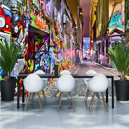 Fondos de pantalla de graffiti online-Cool Street Graffiti Wall Painting 3D Photo Wallpapers Personalidad Decoración industrial Expansion Space Mural de pared Papel De Parede