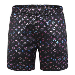 Placa de design on-line-2020 Verão Swimwear Praia Pants projeto Luxo Mens Board Shorts Black Men Surf Shorts Swim Trunks Esporte Shorts