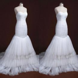 Wholesale Increspato a pieghe abiti da sposa a sirena Sweetheart senza maniche morbido tulle a più livelli gonna tromba abiti da sposa su misura di alta qualità