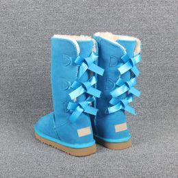 2019 stili bowtie 2020 donne della neve di Natale nuovo Designe l'Australia Classico Bailey stile stivali invernali di alta qualità 3 Bowtie scarpe invernali stivaletti da neve alto donne stili bowtie economici