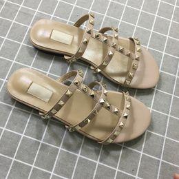 zapatillas japonesas hombres Rebajas Lujo diseñador mujeres del tamaño Zapatillas nueva llegada de la venta caliente clava el estilo de estilo de la moda clásica de calidad de la sandalia 35-41