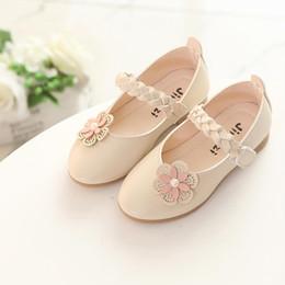 Pisos rosa para niños online-Niños Flower Girls Pink Beige Zapatos planos de cuero para adolescentes Girls Princess School Shoes New Spring Autumn 5 7 8 9 10 11 12 años