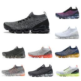 Moscas baratas online-nike air vapormax flyknit 3 Cheap Cushion Fly 3.0 Hombres Mujeres Zapatos para correr Multicolor Negro Blanco Azul Knit 3S Jogging Designer Sport Sneakers US5.5-11