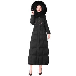 Casaco longo parka on-line-Mulheres Winter Parkas Zipper Pockets Long Coat Preto Comprimento total Fur Cap Collar X-Long Overcoat Plus Size DZ1043