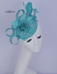 Vestito dalla sposa della madre blu turchese online-2019 Fascino sinamay blu turchese Cappello da donna Cappello da donna formale abito da sposa per doccia da sposa madre della sposa con fiore di piume