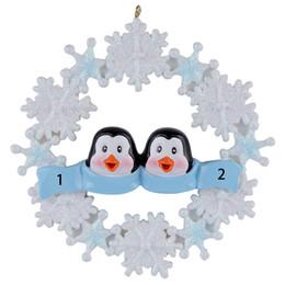 Harz schneeflocke online-Maxora Pinguin Familie von 2 3 4 5 Harz hängen Weihnachtsschmuck mit Schneeflocke als Craft Souvenir für personalisierte Geschenke oder Wohnkultur