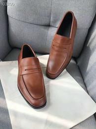 Argentina Zapatos de vestir para hombres, edición original, personalizados Tela de piel de vacuno teñida con agua Forro de piel de oveja almohadilla de pie Zapatos de vestir de negocios para hombres cheap dress fabrics line Suministro