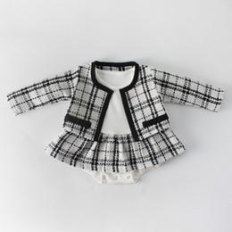 def3f711f Falda Negra Blanca Bebé Online | Falda Negra Blanca Bebé Online en ...