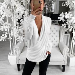 schwarzes, schmales, sexy hemd Rabatt Frauen-reizvolle weiße Low-Cut Top Mode-wildes Hemd Schwarz Slim Softtops Fest Langarmbluse