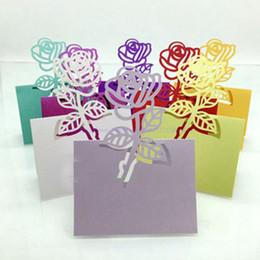 decoraciones de la mesa de invitados de la boda Rebajas Hot 100pcs Laser Cut Rose Paper Name Card Holder Festive Wedding Party Table Wine Guest Name Place Cards Favor Decoración