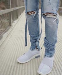 джастин ремни Скидка Justin Bieber new top Distressed Slim Belted Jeans Blue fog jeans with ribbon Men Ankle zips Knee Holes Biker Streetwear PANTS