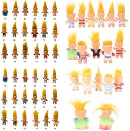 Donald Trump Figuras de acción Muñeca, Presidente de los Estados Unidos, John Trump, juguetes Modelo vestido Niños Niños Mano Jugar Juguetes divertidos Celebrity Figure 4852 desde fabricantes