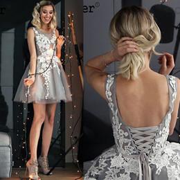 Короткое серебряное платье для особого случая онлайн-2019 Silver Satin аппликациями Линия Scoop Короткие Homecoming платье партии Vestidos De Fiesta Формальное специальный случай Пром Коктейльные платья