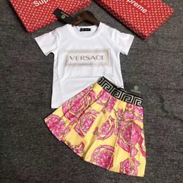 2019 trajes de pieza de solapa delgada 2020 Moda nuevo gato muchachas del verano de las muchachas de manga corta dulce princesa vestido del niño lindo vestido de la ropa del bebé 1216
