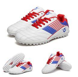 2019 новый мужской дизайн Уличная обувь 2019 Размер 33-43 Мужчины Мальчик Дети Футбольные Бутсы Turf Футбол Футбольные Бутсы TF Hard Court Кроссовки Кроссовки Новый Дизайн Футбольной Бутсы дешево новый мужской дизайн