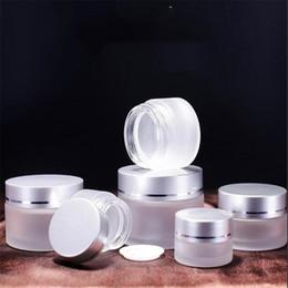 tarros de cristal blanco al por mayor Rebajas Tarro 5g vidrio esmerilado cosmética botella de muestra vacía Crema facial Crema de cacao contenedor de almacenamiento recargable con tapas de plata 5ml YTH1636-5