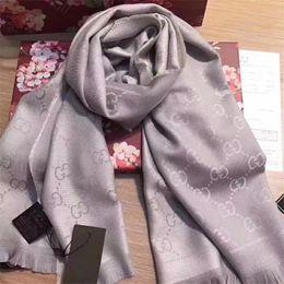 2019 bufandas de inglaterra 2019 comercio al por mayor- diseñador de la marca otoño invierno borla gruesa bufanda a cuadros círculo para niña y mujeres arena áspera dados gruesa bufanda a cuadros