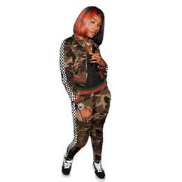 2019 donne camicia da bagno camouflage Donna Camouflage Tute Primavera Casual Sport 2 pezzi Tute Pantaloni Giacche Completi da lavoro donne camicia da bagno camouflage economici