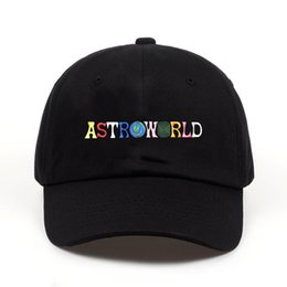 2019 ASTROWORLD Mens Hats Heißer Verkauf Neuesten Travis Scotts Cap Stickerei Buchstaben Einstellbar Baumwolle Baseballmützen Kostenloser Versand Streetwears von Fabrikanten
