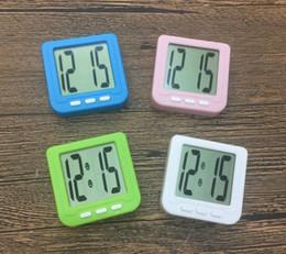 Autoadhesivo Bracket Car Auto Escritorio Tablero Pantalla LCD Reloj digital Plástico Coche Reloj Interior del automóvil Accesorios 5.6 * 3.2 * 1.1 / 6.2 * 6.1 * 1.6cm desde fabricantes