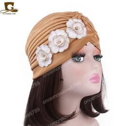 cappellini in satin hijab Sconti Nuove donne fiore ruffle turbante hijab musulmano capelli chemo cap Donne elastico elastico berretti cappello Bandane Big Satin Bonnet indiano