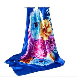 Lenços de seda de grandes dimensões on-line-Praia profissional cachecol simulação lenços de seda 90 * 90 cm elegante oversized lenço lenço de seda impressão quente senhoras multifuncional 2 pçs / lote