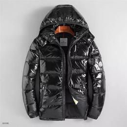 Giacca da uomo di design di lusso Autunno Inverno Cappotto Giacca a vento  Zipper Moda Cappotto Outdoor Sport Giacche Plus Size Abbigliamento maschile  sconti ... 86dbc3d4709