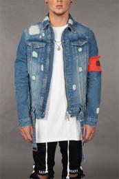 2019 casacos afligidos do jean Designer adolescente Jean Casacos Designer de Inverno Rasgado Afligido Zipper Fly Jean Casacos Moda Casaul Mens Streetwear desconto casacos afligidos do jean