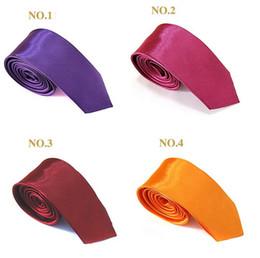 5cmx145cm por mayor Hombres Mujeres satén de seda corbatas Lazo flaco sólido color liso de poliéster corbata corbatas 35 colores de moda desde fabricantes