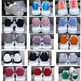 2019 zapatos de cuero real para mujer NUEVOS Mujeres para hombre reflectantes 3M zapatillas de deporte blancas de plataforma 100% cuero real Suela aumentada Low top Zapatillas de deporte planas zapatos de diseñador casuales zapatos de cuero real para mujer baratos