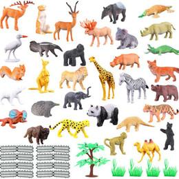 Jouets de clôture en Ligne-Animaux Kindom Monde 53 Types de aniamls + Clôture + arbre + herbe PVC Toy Enfants Enfants Bébé Cognitive jouet éducatif 53pcs / set LA256