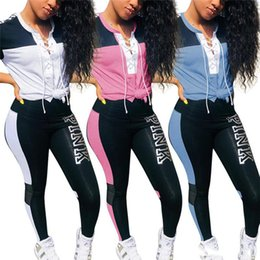 2019 chándales de marca rosa Encaje Rosa de las mujeres del verano del chándal de la camiseta corta de la manga pantalones Strip + Medias 2 piezas traje deportivo Marca de impresión de letras del basculador del traje S-3XL rebajas chándales de marca rosa