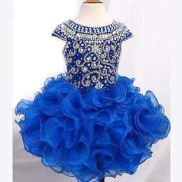falda de lentejuelas niño Rebajas Royal Blue Short Girls Vestidos de desfile para niños pequeños Gorro Mangas Perlas Cristales Volantes Falda Vestido de primera comunión Vestidos de fiesta para niños
